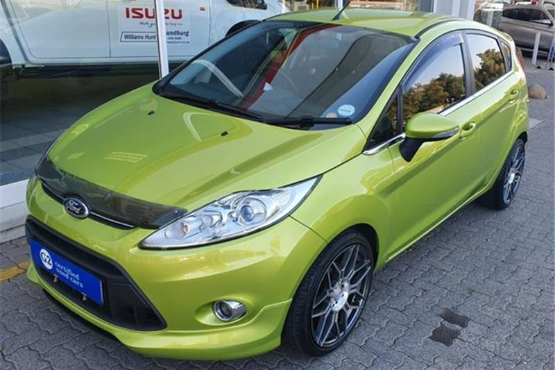 Ford Fiesta 1.6 5 door Titanium 2013