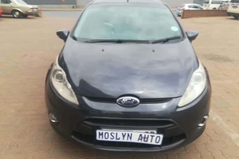 Ford Fiesta 1.6 5 door Trend 2009