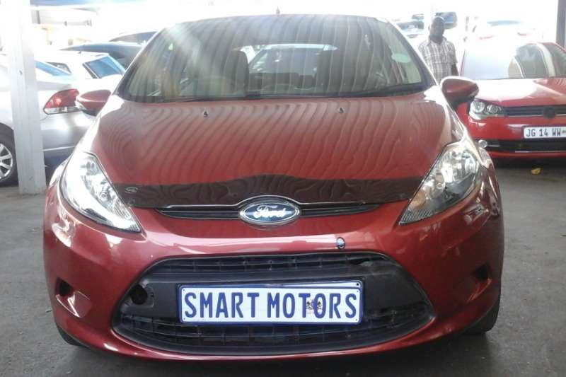 Ford Fiesta 1.6 5 door Trend 2010