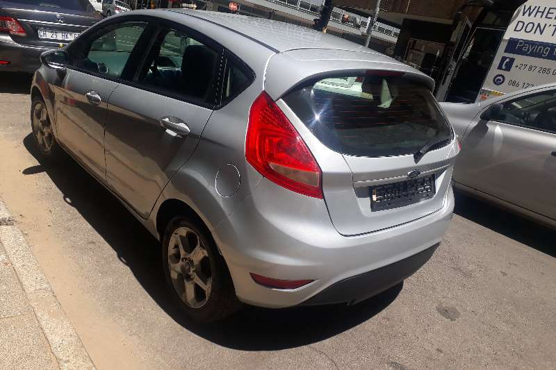 Ford Fiesta 1.6 5 door Trend 2011