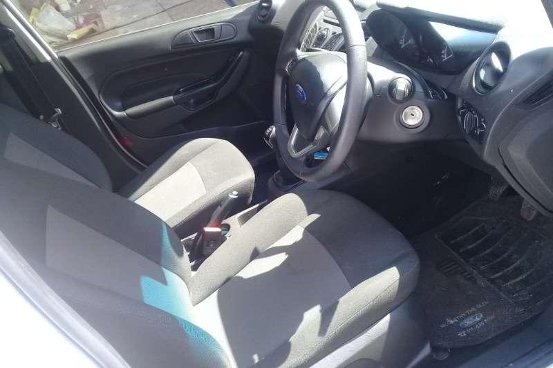 Ford Fiesta 1.6 5 door Trend 2014