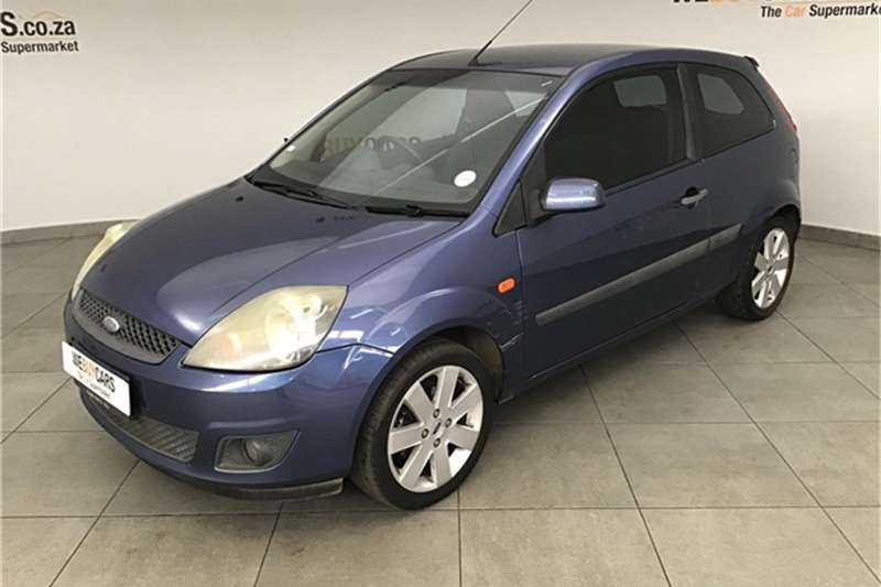 Ford Fiesta 1.6i 3 door Trend 2006