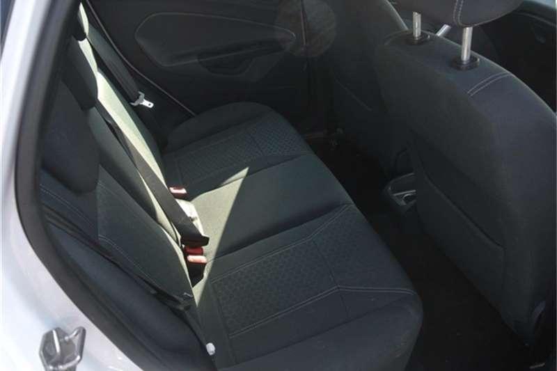 Ford Fiesta 1.6i 3 door Trend 2009
