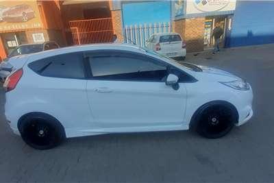 Used 2015 Ford Fiesta 1.6i 3 door Trend