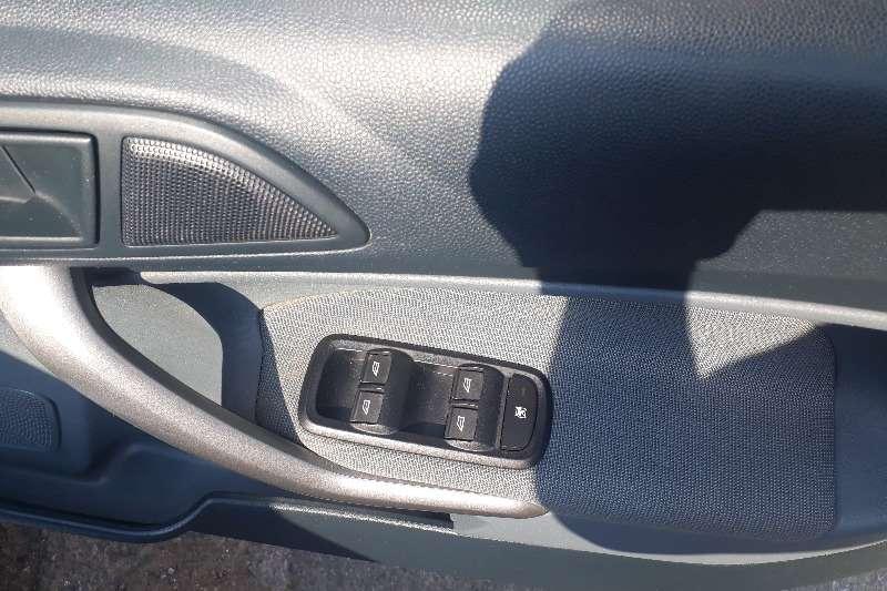 Ford Fiesta 1.6i 5 door Ambiente 2009