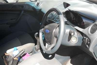 Ford Fiesta 1.6i 5 door Ambiente 2011