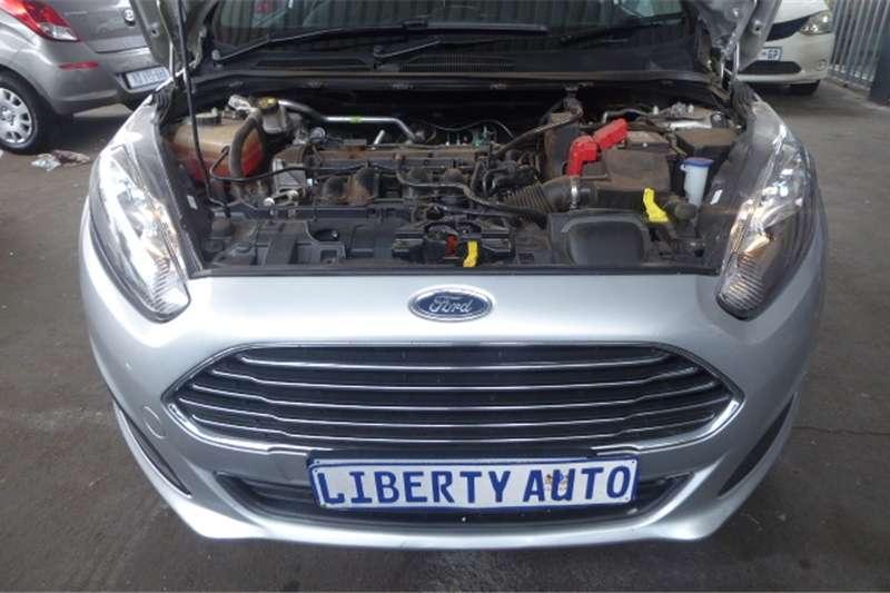 Ford Fiesta 1.6i 5 door Ambiente 2016