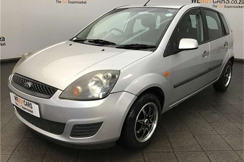 Ford Fiesta 1.6i 5 door Ambiente automatic 2007