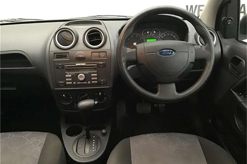 Ford Fiesta 1.6i 5-door Ambiente automatic 2008