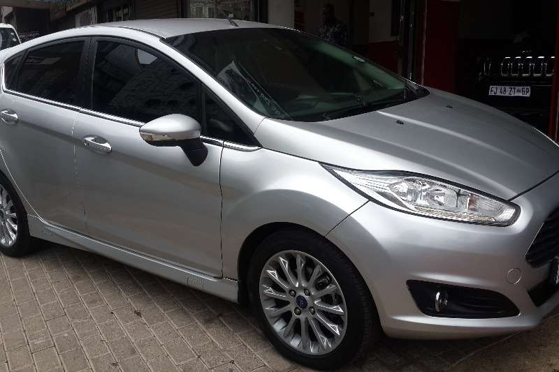 Ford Fiesta 5 door 1.0T Ambiente 2013