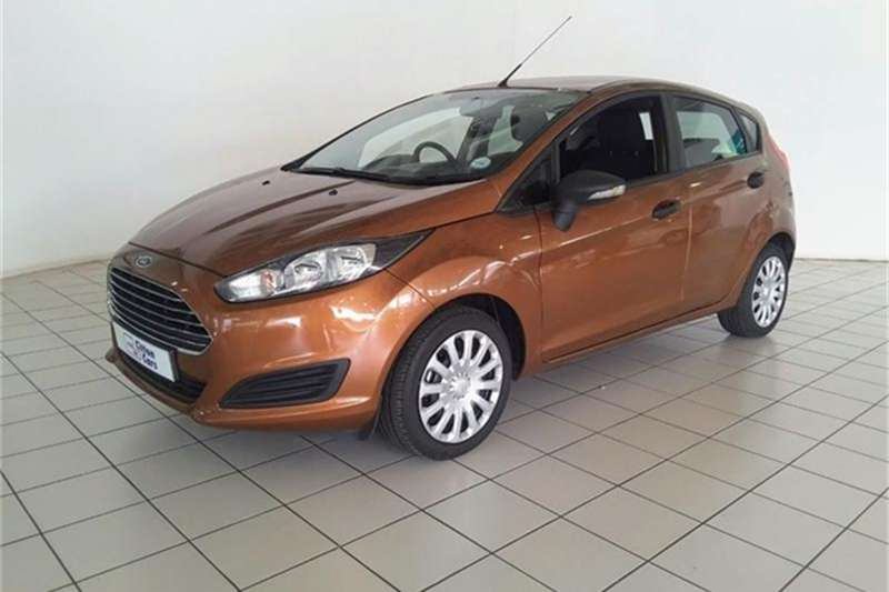 Ford Fiesta 5 door 1.0T Ambiente 2015