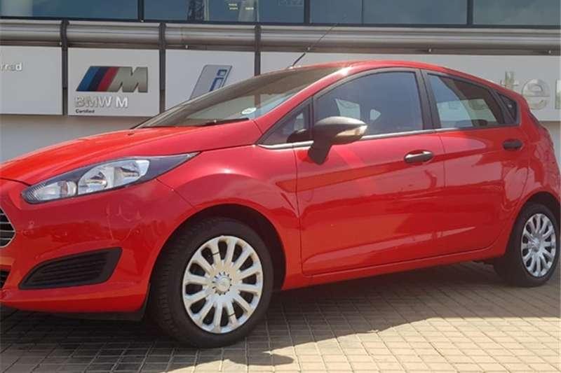 Ford Fiesta 5 door 1.0T Ambiente auto 2014