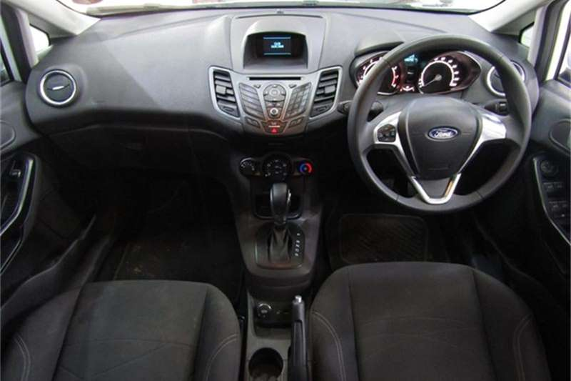 Ford Fiesta 5 door 1.0T Ambiente auto 2015