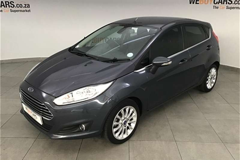 Ford Fiesta 5 door 1.0T Titanium 2013