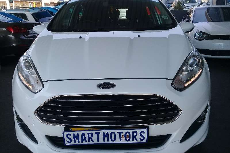 Ford Fiesta 5 door 1.0T Titanium 2014