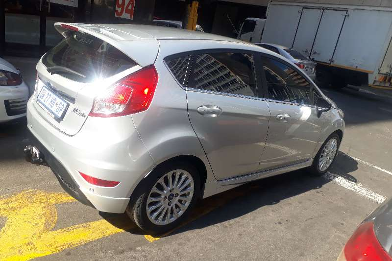Ford Fiesta 5 door 1.0T Titanium 2015
