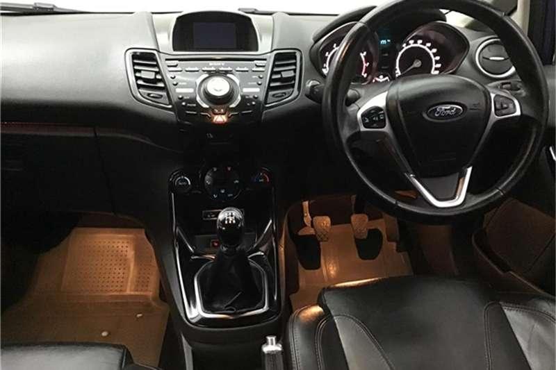 Ford Fiesta 5-door 1.0T Titanium 2015