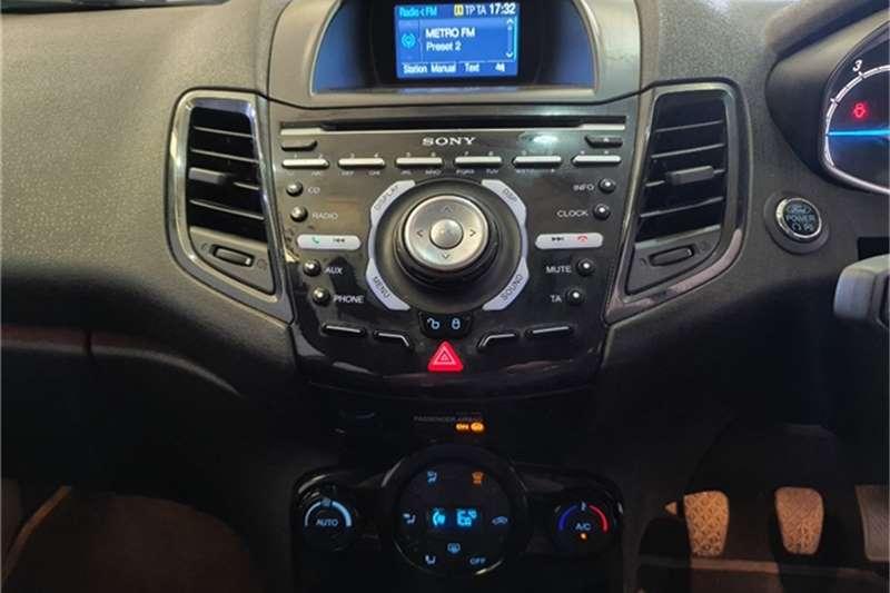 Ford Fiesta 5 door 1.0T Titanium 2015