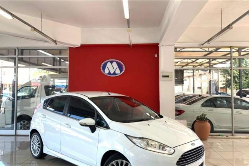 Ford Fiesta 5 door 1.0T Titanium 2016