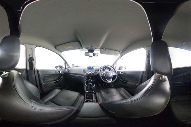 2016 Ford Fiesta Fiesta 5-door 1.0T Titanium