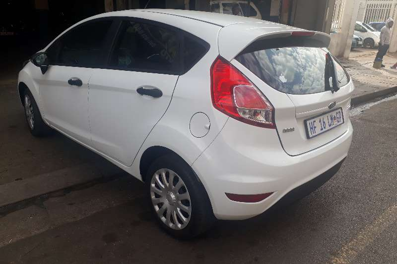 Ford Fiesta 5 door 1.0T Titanium 2017