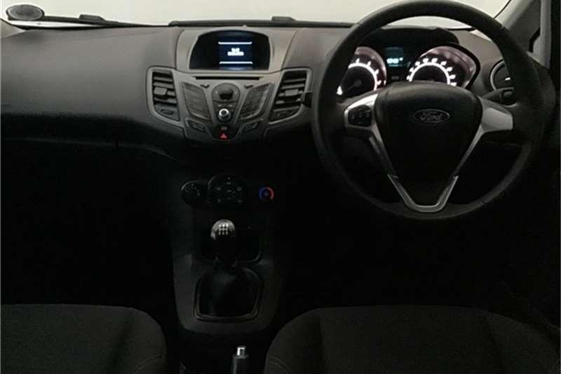 Ford Fiesta 5-door 1.0T Trend 2013