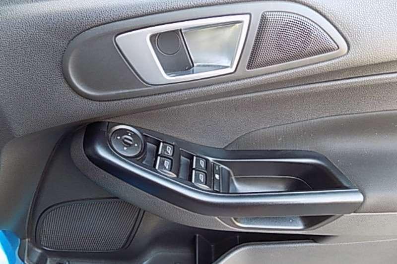 Ford Fiesta 5 door 1.0T Trend 2015