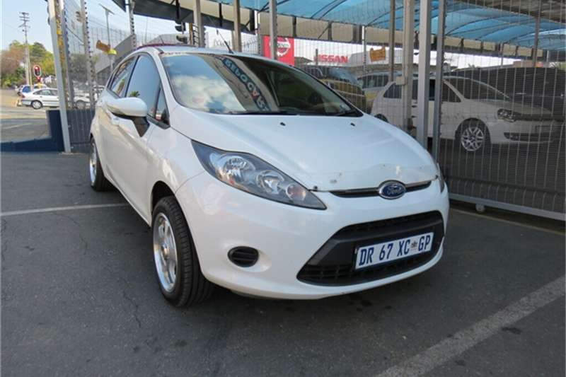 Ford Fiesta 5 door 1.4 Ambiente 2011