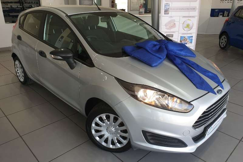 Ford Fiesta 5 door 1.4 Ambiente 2014