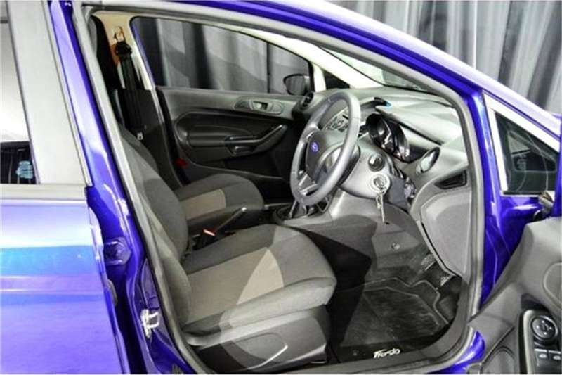 Ford Fiesta 5-door 1.4 Ambiente 2015