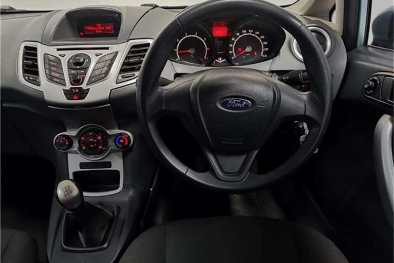 Used 2011 Ford Fiesta 5 door 1.6 Ambiente