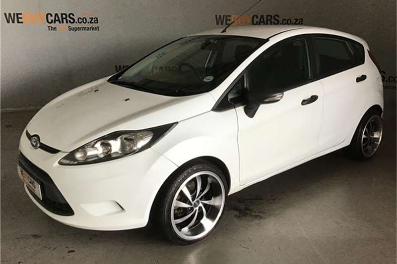 Ford Fiesta 5 door 1.6 Ambiente 2012
