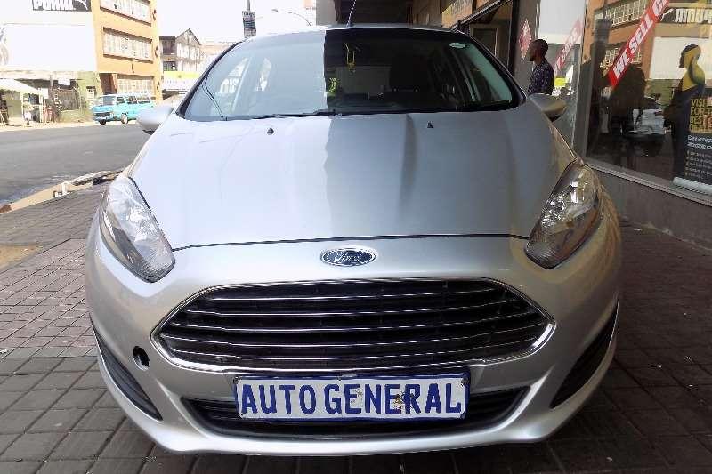 Ford Fiesta 5 door 1.6 Ambiente auto 2012