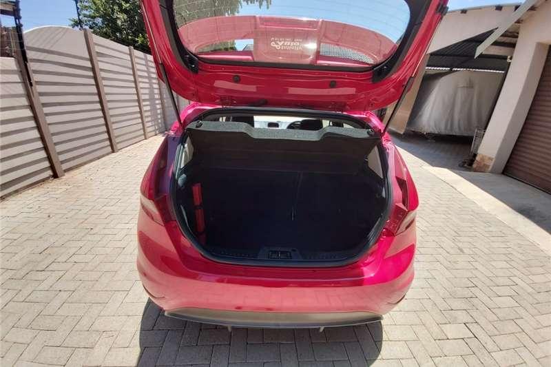 Ford Fiesta 5 door 1.6 S 2011