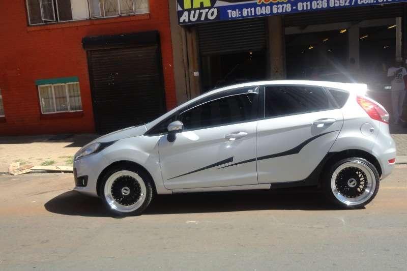 Ford Fiesta 5 door 1.6TDCi Ambiente 2013