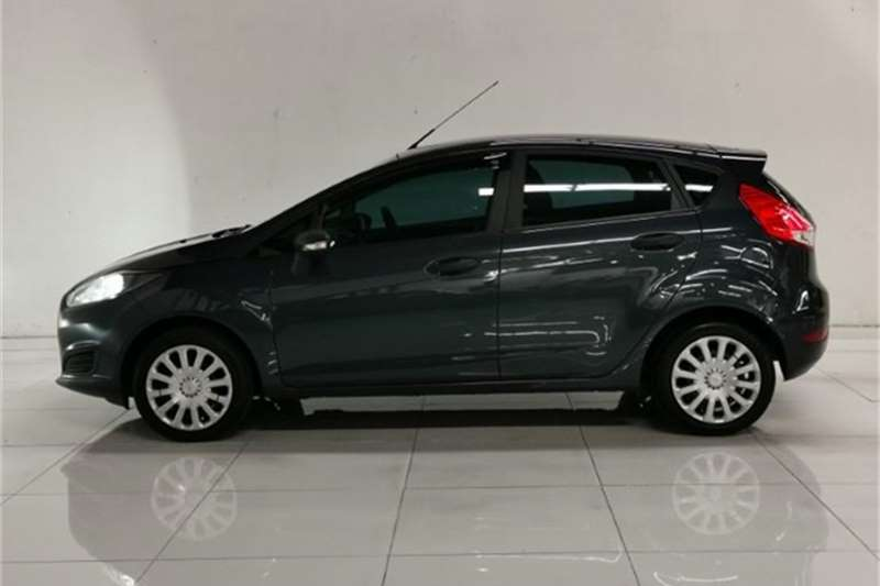 Used 2014 Ford Fiesta 5 door 1.6TDCi Ambiente