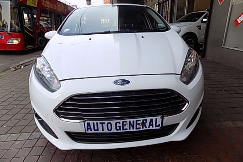 Ford Fiesta econetic 1,4 manual dci 2013