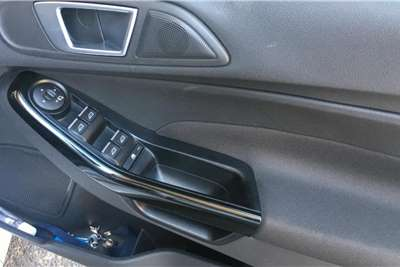 Ford Fiesta Hatch 5-door FIESTA 1.0 ECOBOOST TITANIUM 5DR 2015