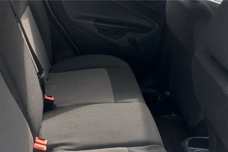 Used 2010 Ford Fiesta Hatch 5-door FIESTA 1.6i AMBIENTE 5Dr