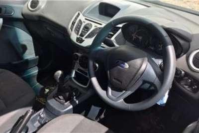 Ford Fiesta Hatch 5-door FIESTA 1.6i AMBIENTE 5Dr 2013