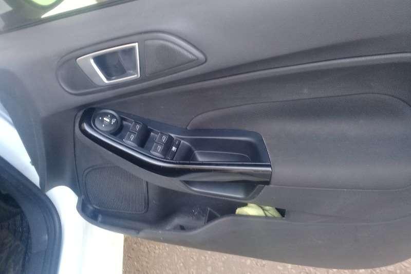 Ford Fiesta Hatch 5-door FIESTA 1.6i AMBIENTE 5Dr 2014