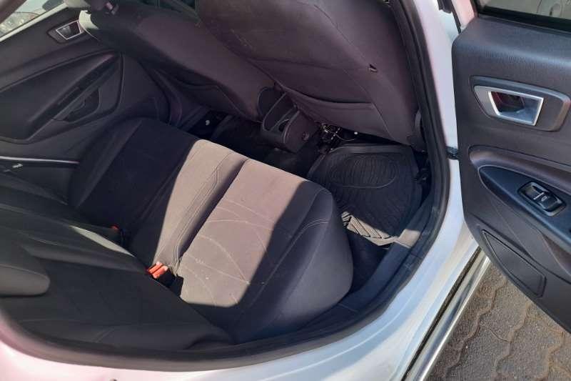Used 2015 Ford Fiesta Hatch 5-door FIESTA 1.6i AMBIENTE 5Dr