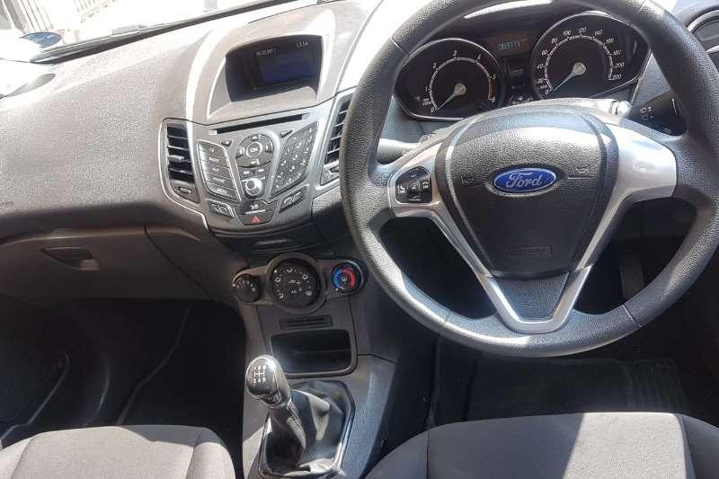 Used 2017 Ford Fiesta Hatch 5-door FIESTA 1.6i AMBIENTE 5Dr