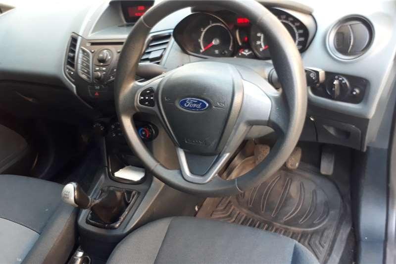 2010 Ford Fiesta hatch 5-door FIESTA 1.0 ECOBOOST TITANIUM A/T 5DR