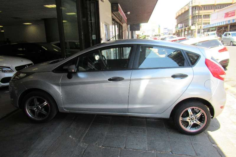 2010 Ford Fiesta 1.4 3 door Titanium