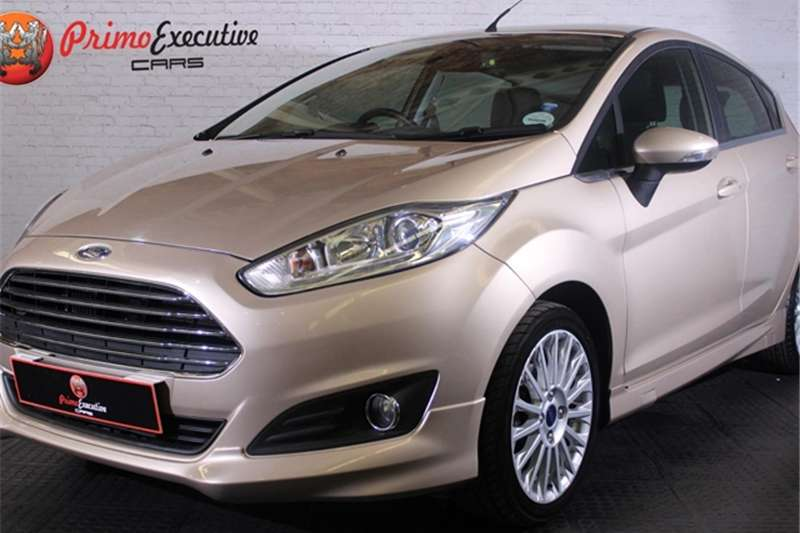 2016 Ford Fiesta 5 door 1.0T Titanium