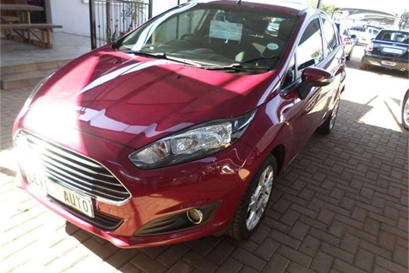 2013 Ford Fiesta 5 door 1.4 Ambiente