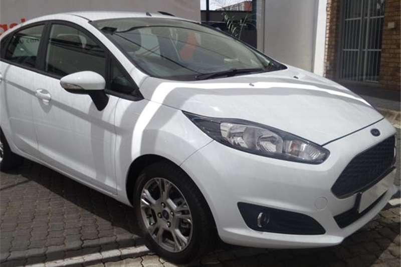 2012 Ford Fiesta 5 door 1.4 Trend