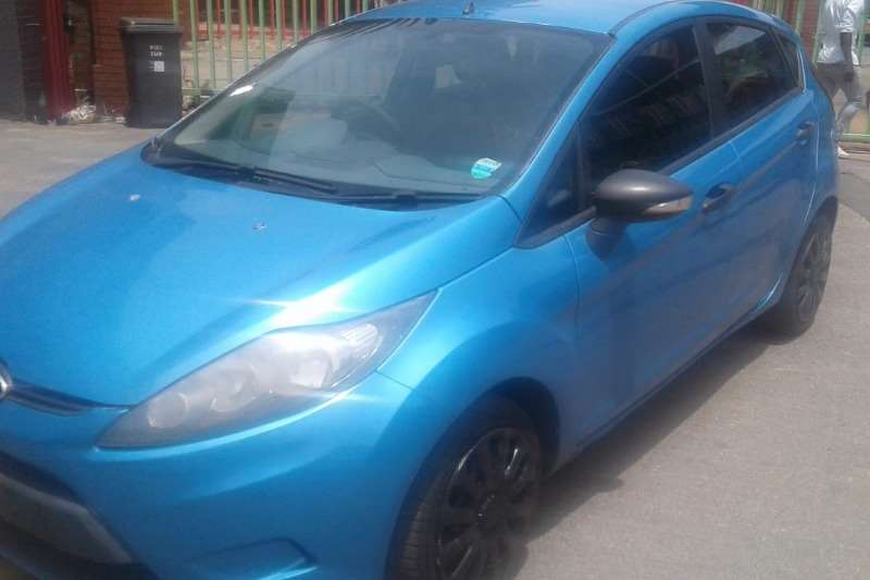 2010 Ford Fiesta 1.4 5 door Ambiente