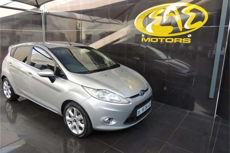 2009 Ford Fiesta 1.6 5 door Titanium